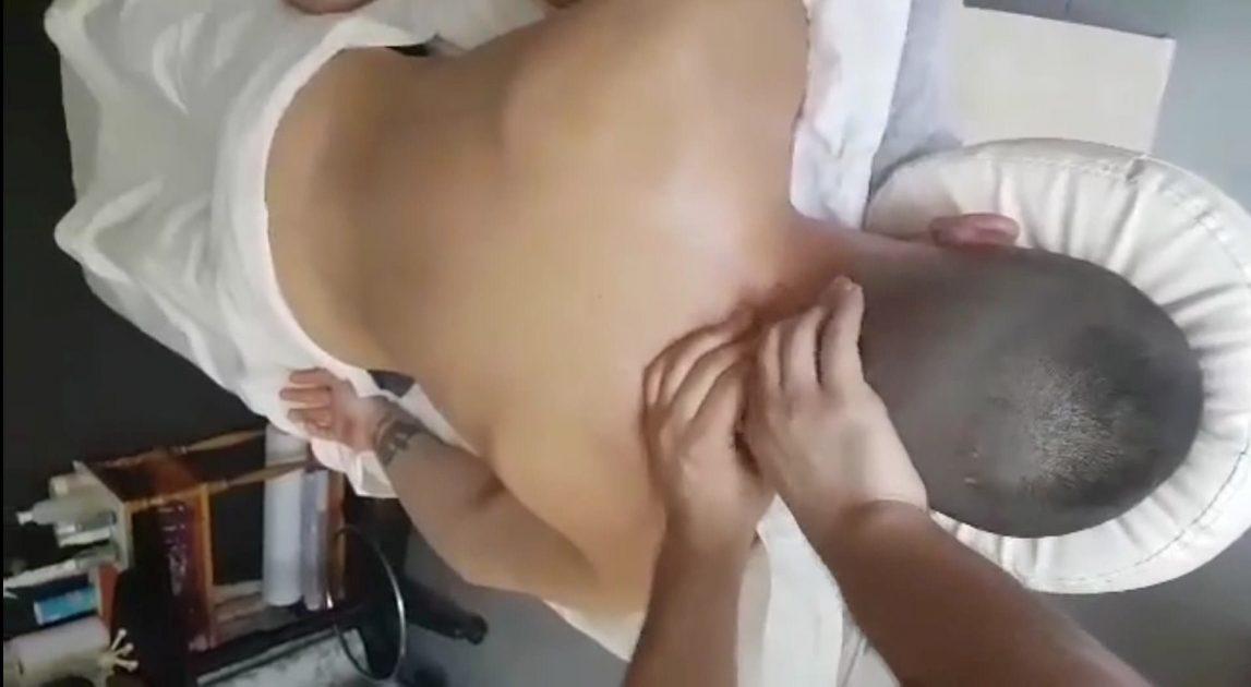 Масажна яка